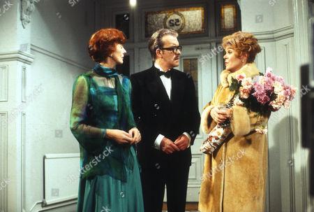 Stock Image of Isabel Dean as Betty, John Moffatt as George and Rachel Roberts as Pauline