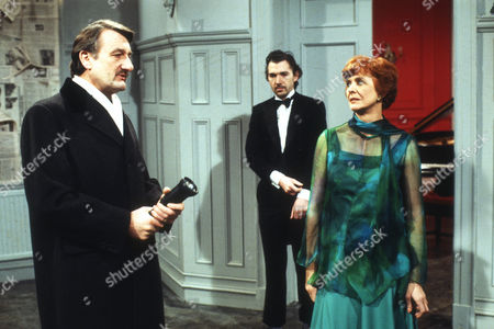 Peter Jeffrey as Rufus, Frank Grimes as Glyn and Isabel Dean as Betty