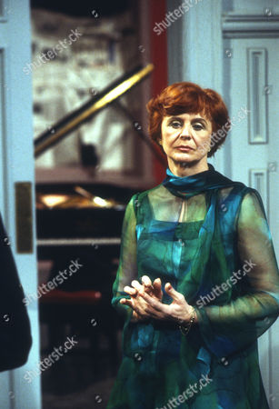 Isabel Dean as Betty