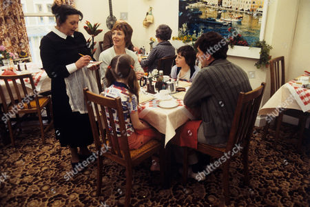 Helene Palmer as Fay, Marjorie Yates as Mrs Cooper, Susan Hopkins as Jennifer, Gary Carp as Colin and Alun Armstrong as Mr Cooper