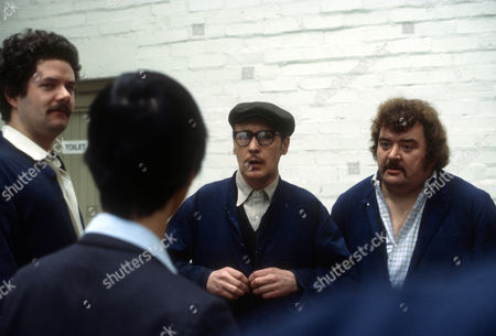 Bernard Wrigley as Vic, John Normington as Duggie and Paul Shane as Alf