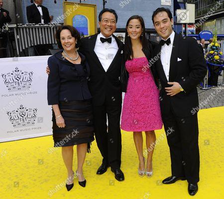 Jill Hornor Ma and Yo-Yo Ma, son Nicholas and daughter Emily