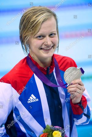 Hannah Russell with her silver medal