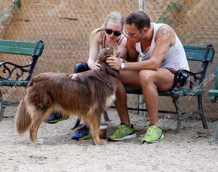 Amanda Seyfried, Desmond Harrington and Finn the dog