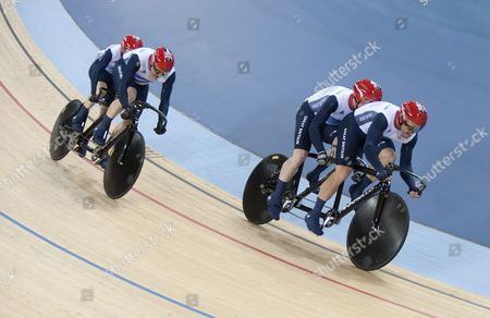 Anthony Kappes with pilot Craig Maclean of Team GB win Gold and Neil Fachie with pilot Barney Storey win Silver in the Men's Individual Pursuit