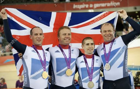 Anthony Kappes, pilot Craig Maclean of Team GB win Gold and Neil Fachie, pilot Barney Storey win Silver in the Men's Individual Pursuit
