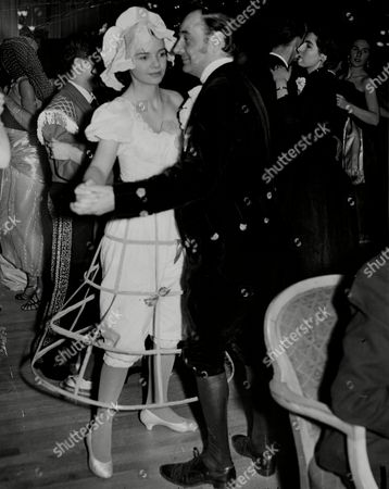 The Opera Ball At The Dorchester In London. Miss Priscilla Bagot Dancing With Her Father Mr Oliver Robin Bagot. Priscilla Married Sir Edward Wakefield In 1960 Then Erik Smith In 1967. Priscilla Wakefield Priscilla Smith.