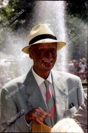 Actor Paul Eddington (during Skin Cancer) Undated.