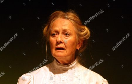 'Hindle Wakes' - Anna Carteret as Mrs Hawthorn