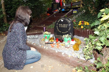 Fan Debbie Logan remembers glam rock legend Marc Bolan at the site of his death in a car crash