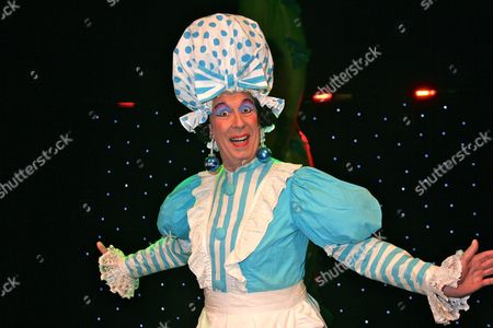 Jeffrey Holland as Dame Trot