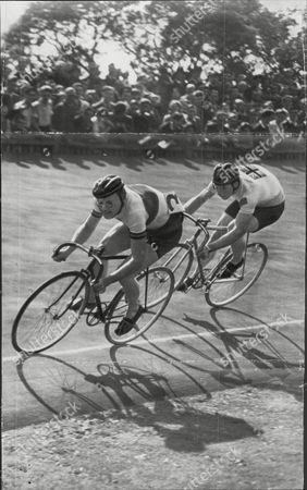 Reg Harris Cycle Racer In Action In Match Between Gb And France At Herne Hill L-r Revoul (france) And Reg Harris Who Won Race Reginald Hargreaves Harris Obe (1 March 1920 A 22 June 1992) Was A Leading English Track Racing Cyclist In The 1940s And 1950s. He Won The World Amateur Sprint Title In 1947 Two Olympic Silver Medals In 1948 And The Professional Title In 1949 1950 1951 And 1954. His Ferocious Will To Win Made Him A Household Name In The 1950s But He Also Surprised Many With A Comeback More Than 20 Years Later Winning A British Title In 1974 At The Age Of 54.