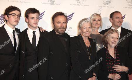 Daniel Neeson, Micheal Richardson, Franco Nero, Vanessa Redgrave, Joely Richardson, Kika Markham, Carlo Nero