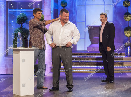 Editorial photo of 'The Alan Titchmarsh Show' TV Programme, London, Britain - 27 Sep 2012