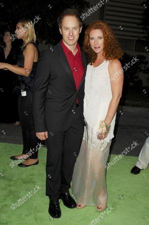 Raphael Sbarge and wife Lisa Akey