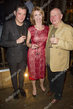 Mathew Horne (Lord Fancourt Babberley), Jane Asher (Donna Lucia) and Ian Talbot (Director)