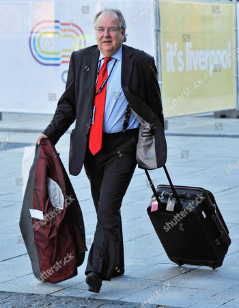 Stock Photo of Labour Party Annual Conference At The Liverpool Arena. Lord Faulkner  28.9.11.