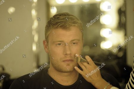 Ex Cricketer Andrew Freddie Flintoff Feature. Pics Show Him On The Set Of A League Of Their Own Elstree. Martin Samuel Feature Freddie Gets The Hair And Make Up Treatment Before The Show.