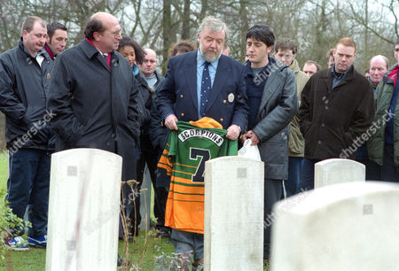 Tony Haygarth as Vic Snow and Jason Done as Stephen Snow and at funeral of Peggy