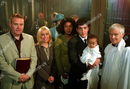 Thomas Craig as Simon Goddard, Kerrie Taylor as Beth Enright, Paulette Williams as Jacqui Richards, Jason Done as Stephen Snow,