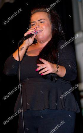 Amy Mottram performing
