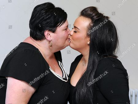 Amy Mottram and mother Julie