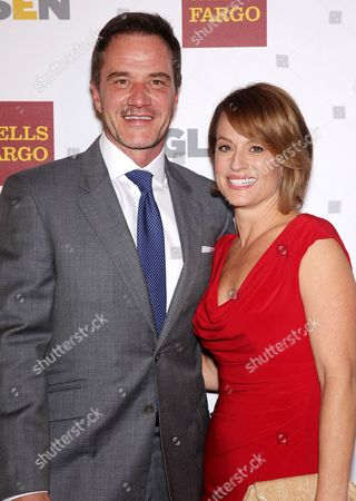 Stock Picture of Tim Dekay & Elisa Taylor