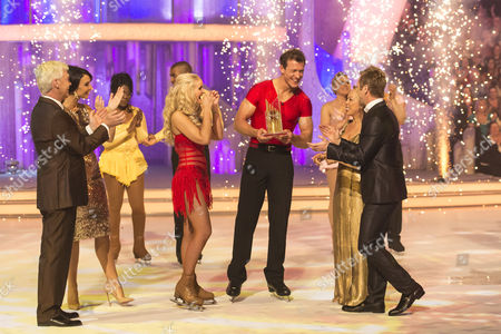 Winners of the show Steve Williams with his Pro Dancing partner Katie Stainsby, Phillip Schofield, Christine Bleakley, Jayne Torvill and Christopher Dean