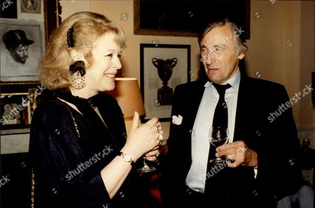 David Somerset 11th Duke Of Beaufort With Lady Antonia Pinter David Robert Somerset 11th Duke Of Beaufort (born 23 February 1928) Known As David Somerset Until 1984 Is A British Peer. He Is The Son Of Henry Robert Somers Fitzroy De Vere Somerset And Bettine Violet Malcolm And Was Educated At Eton College. He And His Family Descend In The Male Line From Edward Iii Of England; The First Somerset Was An Legitimized Son Of Henry Beaufort Duke Of Somerset Whose Grandfather Was An Legitimized Son Of John Of Gaunt. He Married Firstly Lady Caroline Jane Thynne (28 August 1928 A 22 April 1995) Daughter Of Henry Thynne 6th Marquess Of Bath On 5 July 1950. The Marriage Took Place At St Peter's Church Eaton Square In The Presence Of The King And Queen And Members Of The Royal Family. David Somerset Married Secondly Miranda Elisabeth Morley (born 1947) On 2 June 2000. She Is A Daughter Of Brigadier General Michael Frederick Morley. Beaufort Was Nominated To The International Best Dressed List Hall Of Fame In 1988.