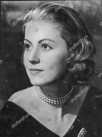Judith Nelson Lady Bathurst Wife Of Politician Mp Lord Bathurst 8th Earl Bathurst Henry Allen John 8th Earl Bathurst Dl (1 May 1927 A 16 October 2011) Styled Lord Apsley From 1942 To 1943 Was A British Peer Soldier And Conservative Politician. He Was Most Recently Known For An Altercation With Prince William. Marriage : Judith Mary Nelson (1959 Adivorced 1976) With Whom The Earl Had Three Children Miss Gloria Clarry (feb 1978).