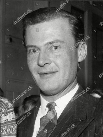 Politician Mp Lord Bathurst 8th Earl Bathurst At Foulbridge Henry Allen John 8th Earl Bathurst Dl (1 May 1927 A 16 October 2011) Styled Lord Apsley From 1942 To 1943 Was A British Peer Soldier And Conservative Politician. He Was Most Recently Known For An Altercation With Prince William. Marriage : Judith Mary Nelson (1959 Adivorced 1976) With Whom The Earl Had Three Children Miss Gloria Clarry (feb 1978).