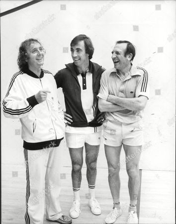 Jasper Carrott With Bernie Clifton And Leonard Rossiter At The Wembley Squash Centre.