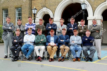 Portsmouth Grammar School rugby team (standing L-R) John Fifield, John Grant, Graham Wingate, Phil White, Keith Dingle, John Hopkins, David Thorp, Dick Kendall, Dick Churm. (seated L-R) John Owens, Richard Simonsen, Peter Cunningham, Ken Bailey, Chris Clark, Barry Squire, Keith Tomlins