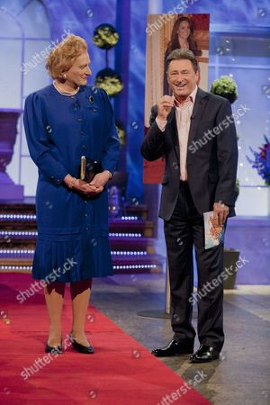 Steve Nallen [Margaret Thatcher] with Alan Titchmarsh