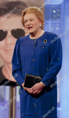 Editorial picture of 'The Alan Titchmarsh Show' TV Programme, London, Britain. - 11 Oct 2012