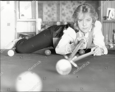 Women's World Snooker Champion Allison Fisher At Her Peacehaven Sussex Home Practicing Her Game.