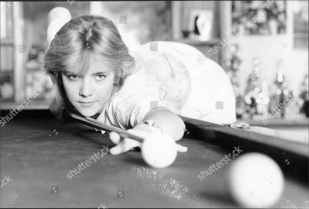 Womens World Snooker Champion Allison Fisher At Her Peacehaven Sussex Home Practicing Her Game.