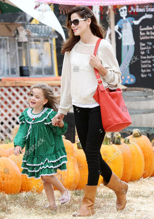 Stock Picture of Michelle Monaghan and Willow Katherine