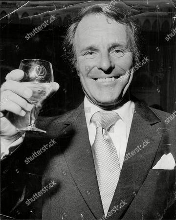 Dickie Henderson (dead September 1985) Comedian.