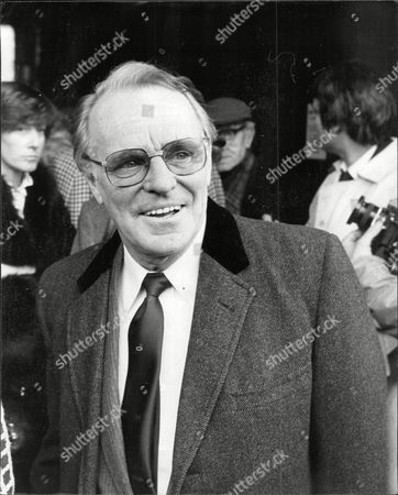 Editorial picture of Dickie Henderson (dead September 1985) Comedian At Arthur Askey's Memorial Service.