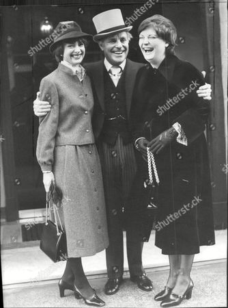 Dickie Henderson (dead September 1985) With His Wife Gwtneth And Their Daughter Linda At Buckingham Palace After He Received The Mbe.