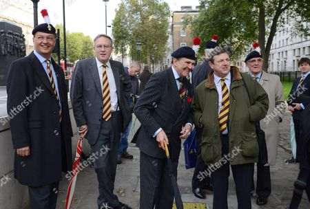MP John Baron (2L) with retired Royal Fusiliers