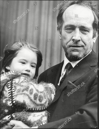 Ian Hendry (dead December 1984) With His 4 Year Old Daughter Corrie.