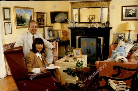 Charlotte Bingham With Husband And Fellow Author Terence Brady At Home In Somerset 1993.