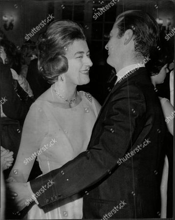 Designer David Hicks And Wife Lady Pamela Hicks Dancing At The Savoy On Old Years Night David Nightingale Hicks (25 March 1929 A 29 March 1998) Was An English Interior Decorator And Designer Noted For Using Bold Colours Mixing Antique And Modern Furnishings And Contemporary Art For His Famous Clientele He Married Lady Pamela Mountbatten (born 19 April 1929) The Younger Daughter Of The 1st Earl Mountbatten Of Burma By His Wife The Former Edwina Ashley. David And Pamela Hicks Were Married On 13 January 1960 At Romsey Abbey In Hampshire. They Had Three Children:.