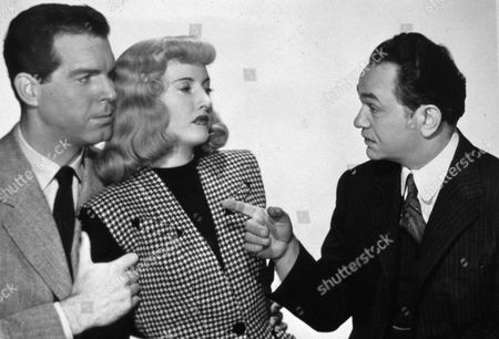 BARBARA STAMWYCK IN 'DOUBLE INDEMNITY' WITH FRED MCMURRAY AND EDWARD G ROBINSON