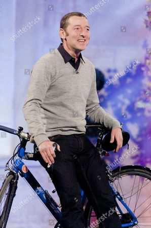 Editorial picture of 'The Alan Titchmarsh Show' TV Programme, London, Britain - 19 Oct 2012