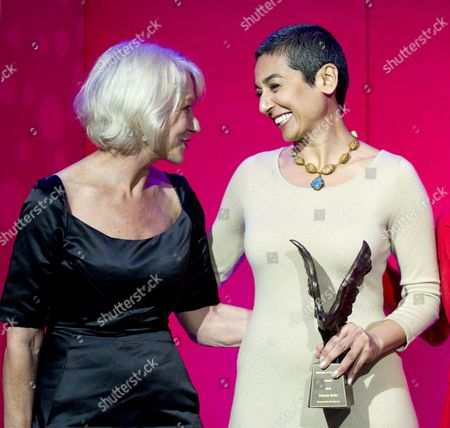 Helen Mirren presenting Zainab Salbi with Woman of the Year Award 2012