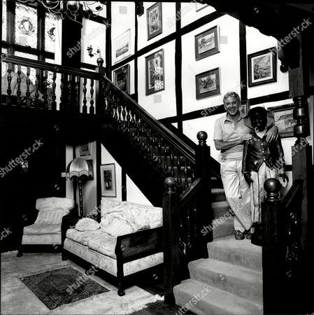 Interior View Of Thames-side Home Belonging To Singer Vince Hill And Wife.