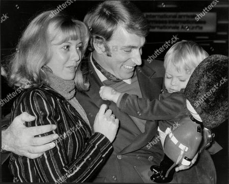 Singer Frank Ifield And Wife Gillian With Son At Lap Francis Edward Ifield (born 30 November 1937) Is An Australian-english Easy Listening And Country Music Singer. He Achieved Considerable Success In The Early 1960s Especially In The Uk Singles Chart Where He Had Four Number 1 Hits Between 1962 And 1963.